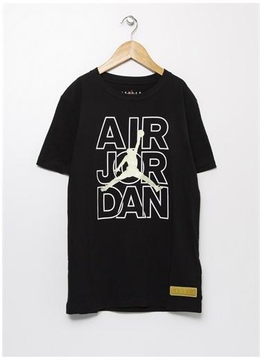Nike Nike Bisiklet Yaka Siyah T-Shirt Siyah